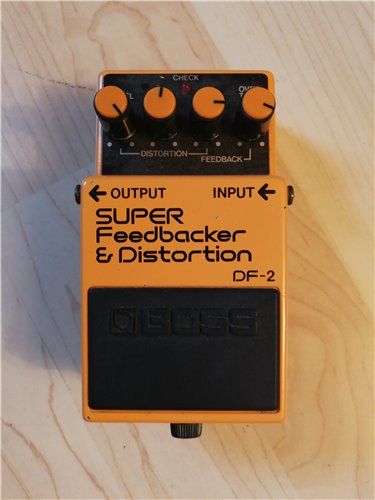 Boss DF-2 Feedbacker Distortion Effektgerät 1