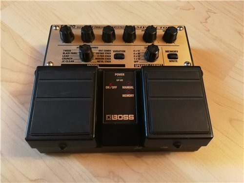 Boss GP-20 Amp Factory Bodeneffekt